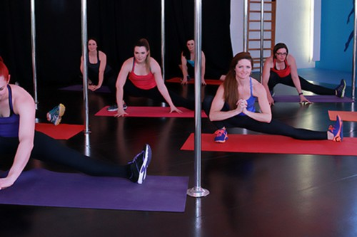 What You Should Know About Taking Lyra Classes in Brisbane